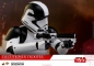 Preview: STAR WARS: Episode VIII - Movie Masterpiece Actionfigur 1/6 Executioner Trooper (Hot Toys)