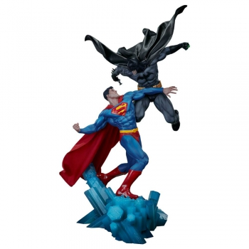 DC COMICS - Statue Batman vs. Superman (Sideshow)
