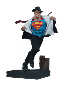 DC COMICS - Premium Format Statue Superman Call to Action (Sideshow)